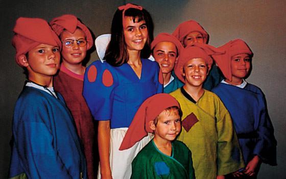 """Fra Eventyrteatrets første musical """"Snehvide"""" på Amager Scenen 1992"""
