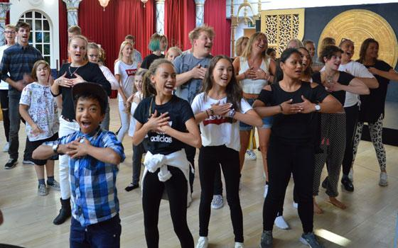 Undervisning på Eventyrteatrets Dramaskole i Søborg - foto: Thomas Dahlberg