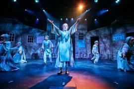 """Fra Eventyrteatrets familiemusical """"Kongen og Tiggertøsen"""", oktober 2017 Glassalen i Tivoli - Det' kål - musical teater"""