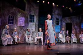 """Fra Eventyrteatrets familiemusical """"Kongen og Tiggertøsen"""", oktober 2017 Glassalen i Tivoli - musical teater"""