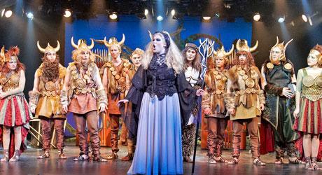 Corona-aktuel sang fra Eventyrteatrets musical