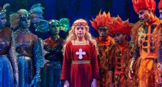 """Se Eventyrteatrets musical """"Skovens Dronning"""" gratis i maj 2020"""