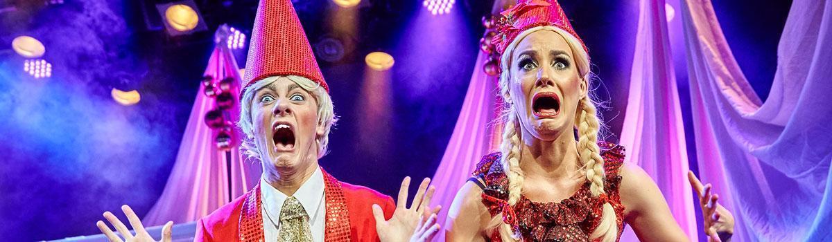 """Fra Eventyrteatrets prisbelønnede musical """"Stjernedrys og Nissekys"""" 2015 i Tivolis Glassal - foto: Ole Mortensen"""